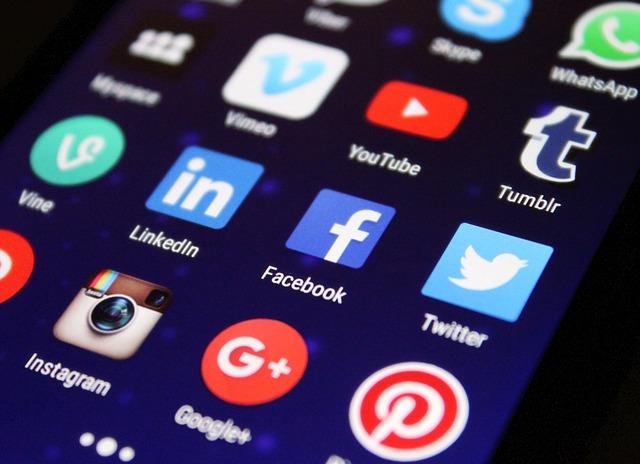 social media online marketing solutions